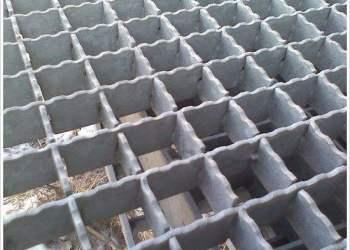 江苏齿形钢格板价格厂家直销便宜图片