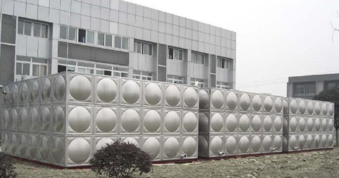 供应湖南长沙方形不锈钢水箱 华崛不锈钢水箱厂 不锈钢冲压水箱