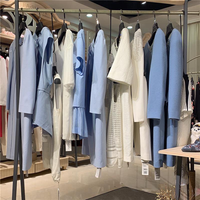 【戴布拉芬】源自法国的时尚高贵女装品牌库存尾货批发