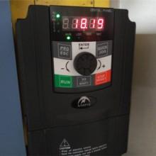 奥圣变频器应用在尼龙管生产线
