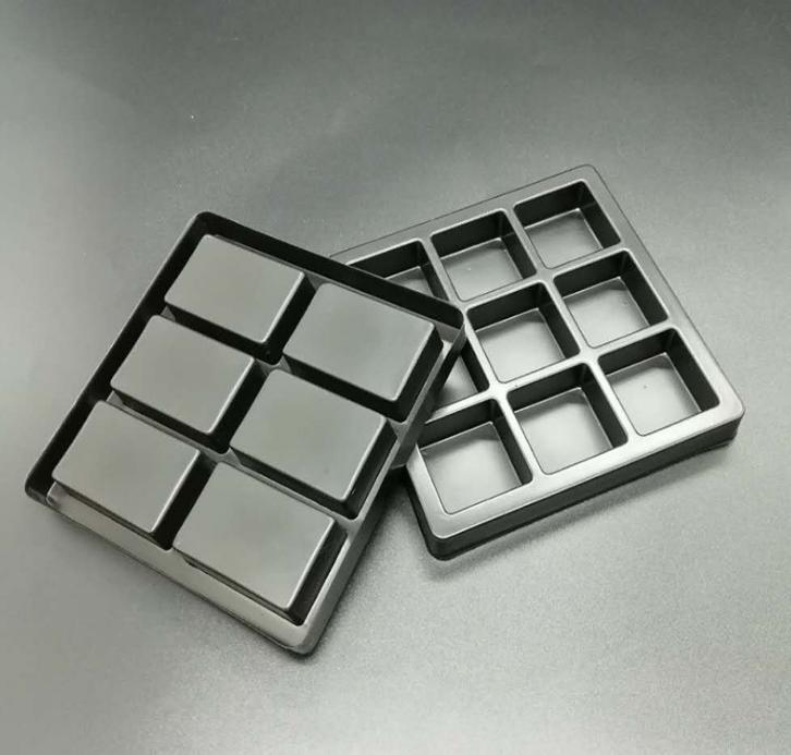 现货优质供应方格巧克力PS吸塑托 环保可食用黑色巧克力吸塑托盘 吸塑盒