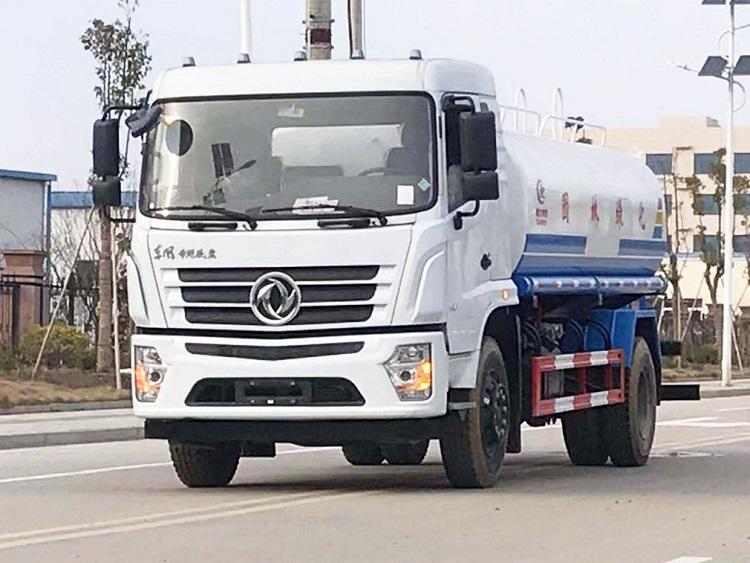 国六东风专底12吨洒水车价格-生产厂家