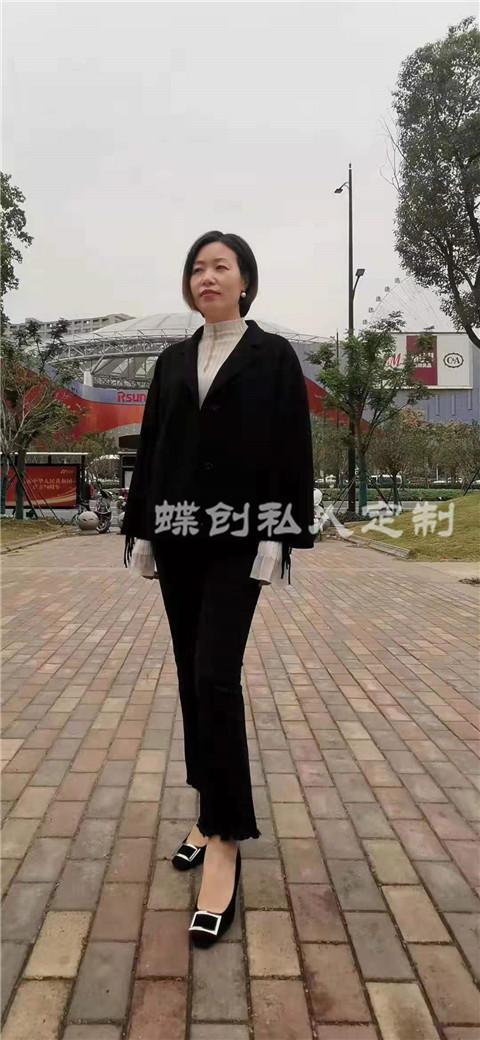 南京定做女式羊绒大衣 南京蝶创私人定制 南京女士礼服定制