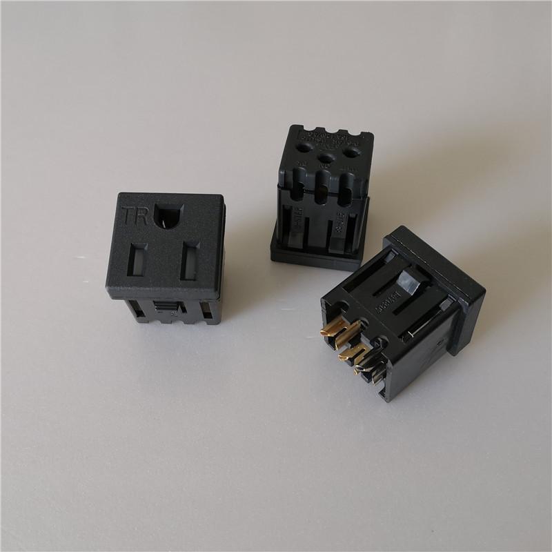 美规TR插座.带防护门TR插座.BS-U15-B美式TR漏电插座
